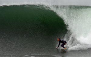 David-Sills-surfer-saxophonist-El-Porto-012212_02
